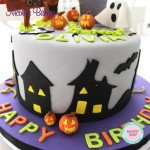 Haunted House Cake - Halloween Cake