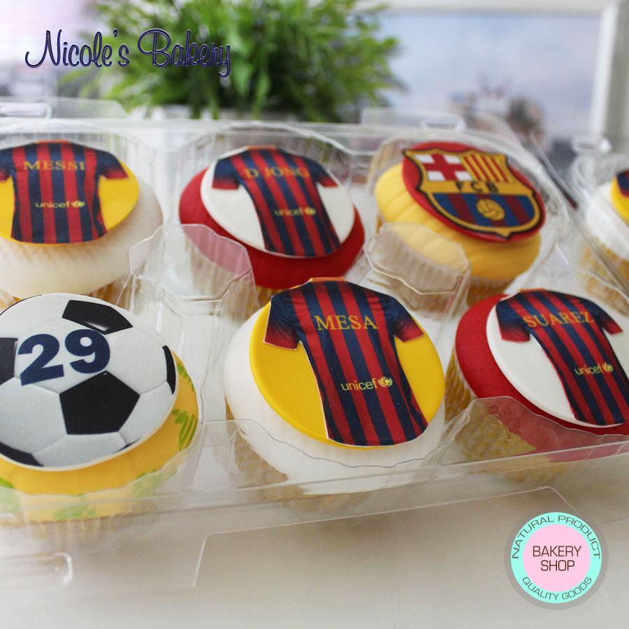Beautiful Barcelona themed cupcakes