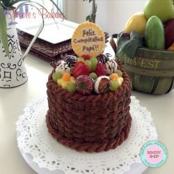 Buttercream Cake, Basket Cake Design by Nicole's Bakery