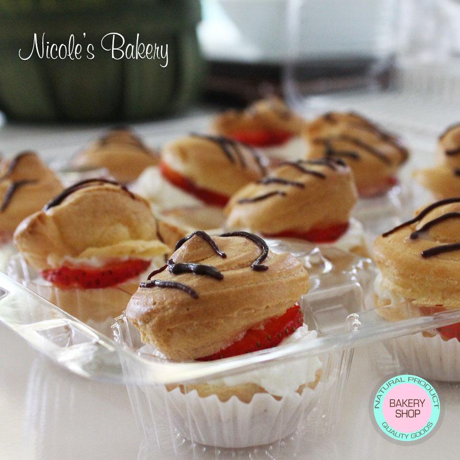 Profiteroles with Strawberry and Cream